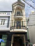 Bán nhà mới xây 3 mê nguyên, mặt tiền D9 Bông Hồng